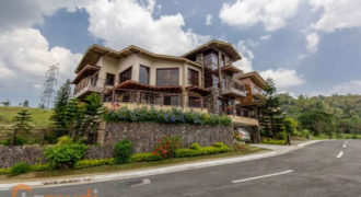 4Br House for Sale (The Hillside At Tagaytay Highlands)