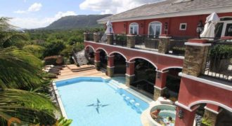 Mansion for sale in Tagaytay