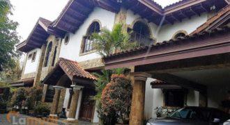 Elegant Spanish Style Vacation House