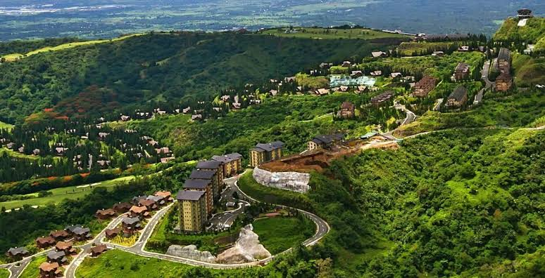 tagaytay highlands development with verdant surrounding
