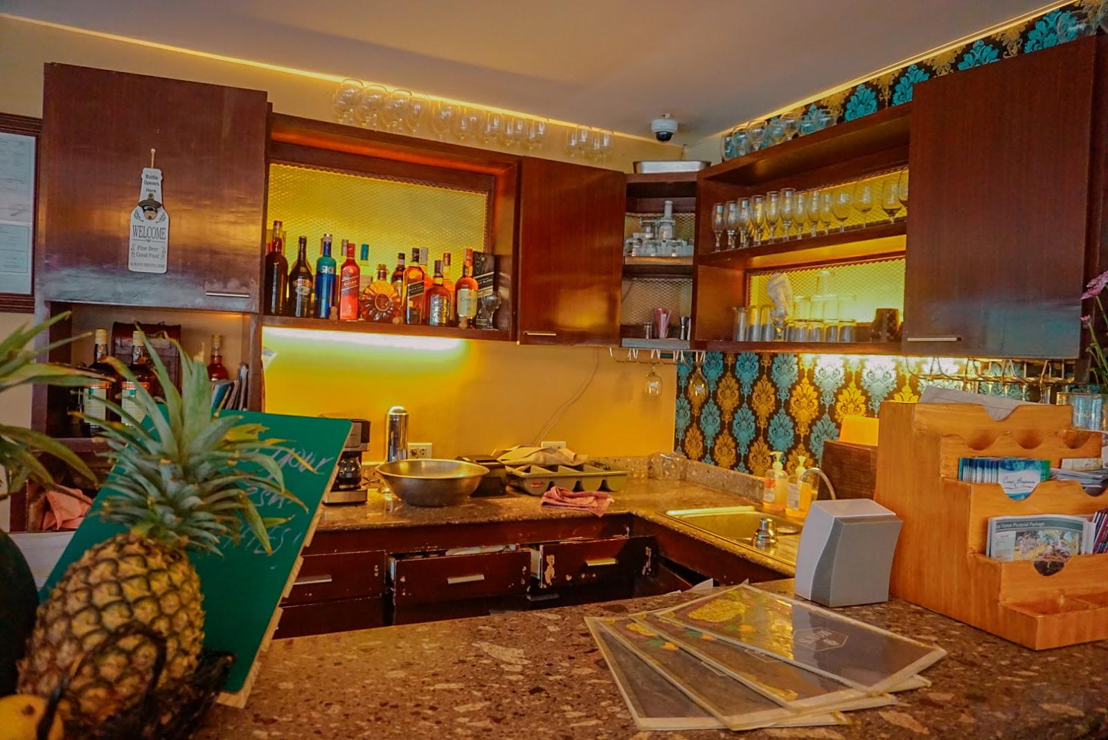 rustic breakfast spots in tagaytay mons restaurant